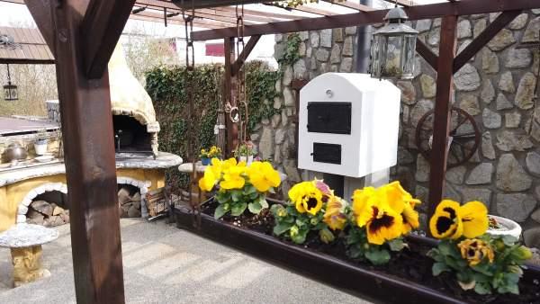zahradna pec na pizzu art deco